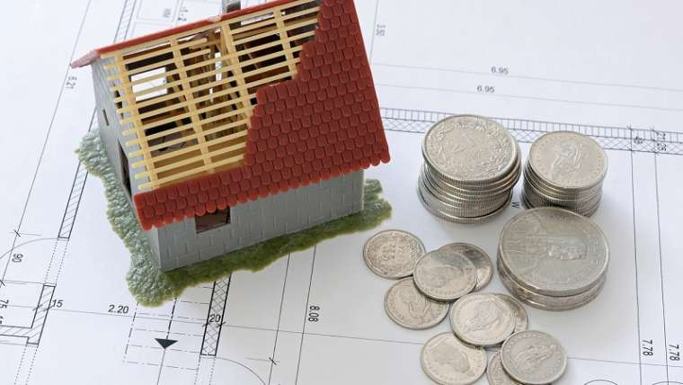 Refund of the Mortgage Constitution Expenses. Judgment Against Banks