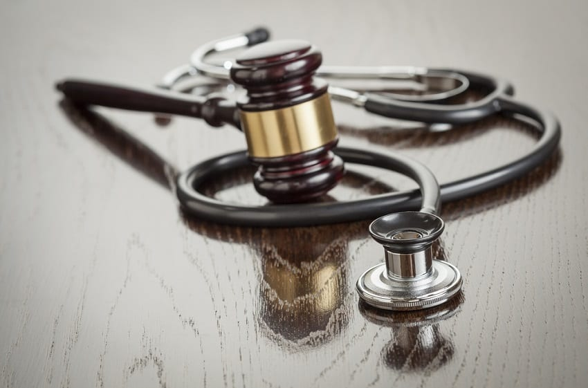 negligencias-medicas-abogado-carlos